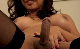 Indian t-girl showing rod