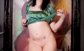 Irresistible bailey jay posing her absolutely perfect body